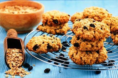 domace ovesne cookies s hrozinky