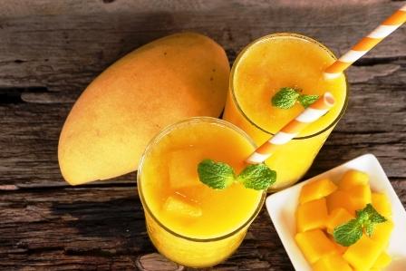 mango smoothies stavy a mango ovoce