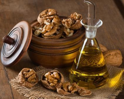 olej z vlašských ořechú