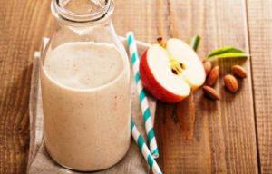 jablkove smoothie se skorici