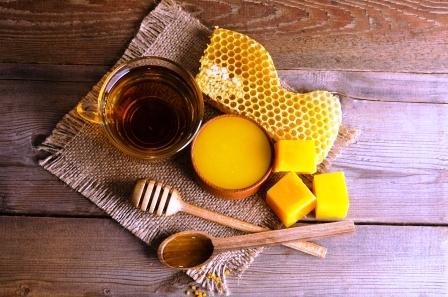 medové produkty, mateří kašička, med propolis