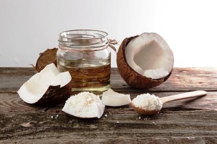 kokosove kousky s kokosovym sirupem