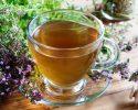 """Čaj z mateří doušky """"vede""""… Trávení, močovým cestám a také """"nervům"""" pomůže."""