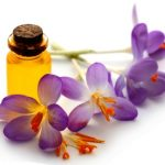 safranovy olej s kvetem